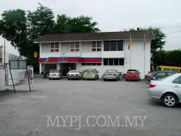 Post Office Taman Paramount Section 20 Inside View