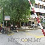 Drive-Thru Payment Counters Along Jalan 52/8