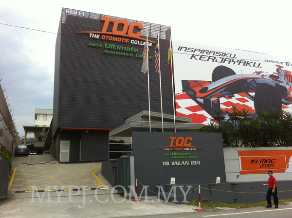 The Otomotif College (TOC) in Section 19